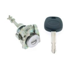 Rechtes Türschloss Toyota Camry (bis 2005) - Schlüsselblatt TOY43 - After Market Produkt